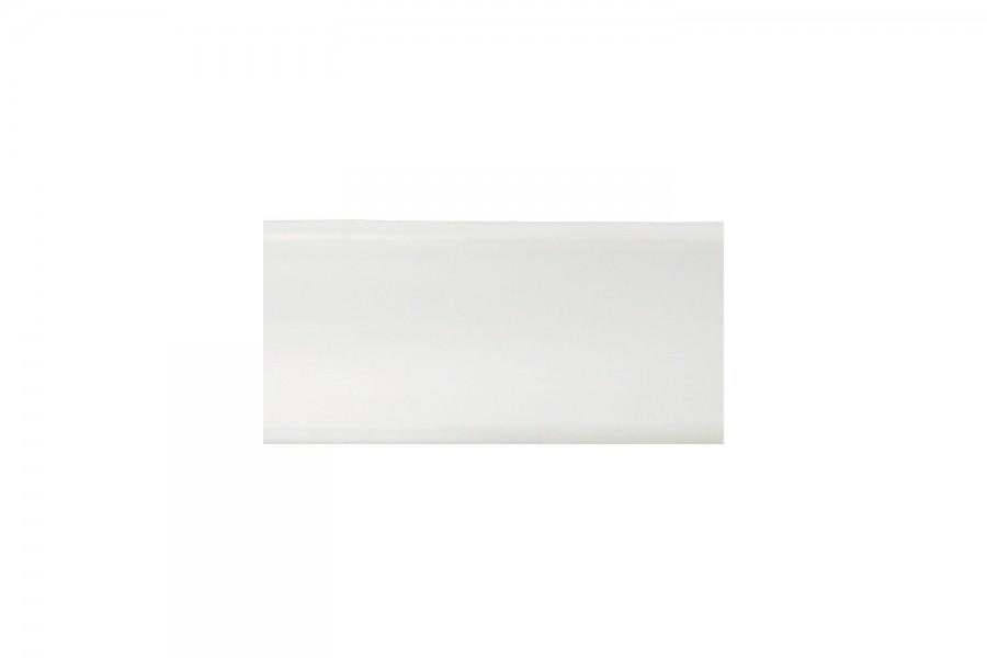 Плинтус кухонный белый  L-3000